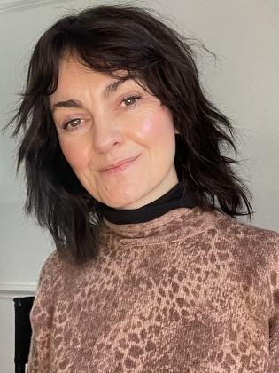 Jo Leversuch makeup artist with healthy regrown eyebrows